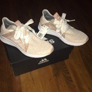 Adidas - edge Lux